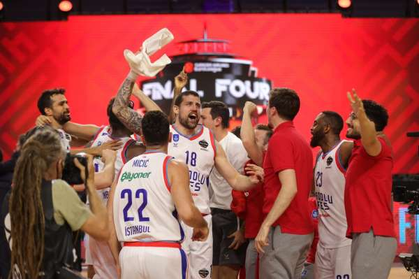 Anadolu Efesin ikinci Avrupa Kupası