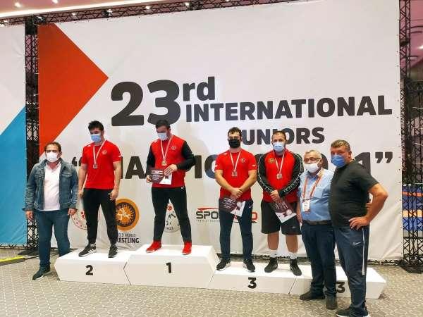 Güreşçi Efenin uluslararası başarısı