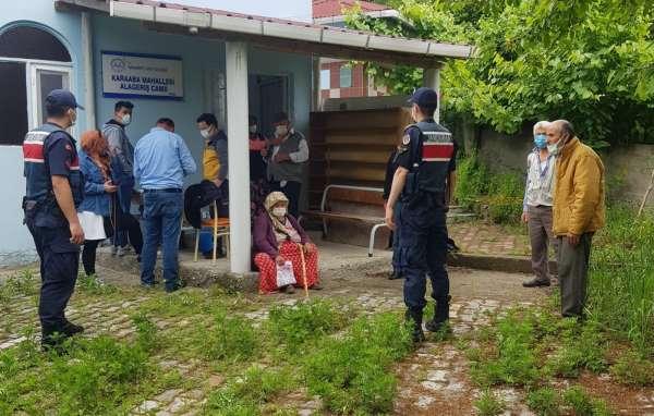 Kırsal mahallelerde aşı çalışması