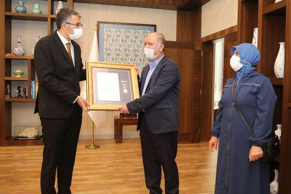 Kütahyada şehit ailesine Devlet Övünç Madalyası ve Beratı