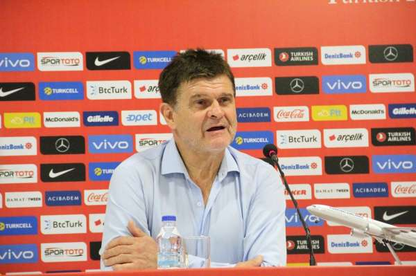 Six: Türkiye ile ilk milli maçımız, bizim için ayrı bir yeri var