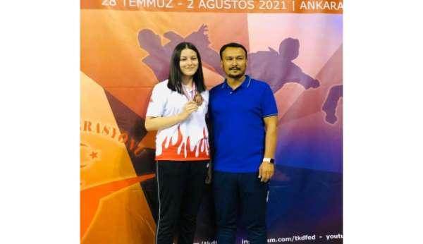 Livanur Tiryakioğlu, Türkiye 3.sü oldu