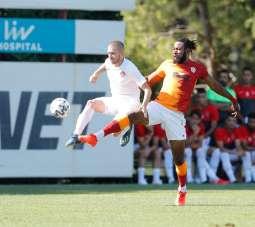 Galatasaray hazırlık maçında Ümraniyespor'u 2-0 mağlup etti