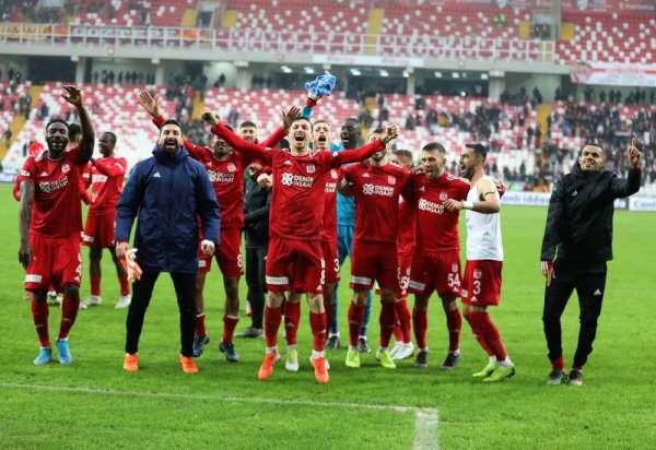 Evinde en başarılı takım Sivasspor