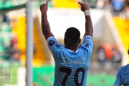 Robinho ilk golünü attı