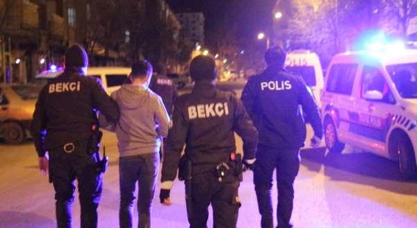 Elazığda trafik kazası sonrası kavga: 3 gözaltı
