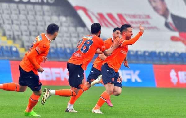 Ömer Ali Şahiner, Başakşehirde ilk golünü attı