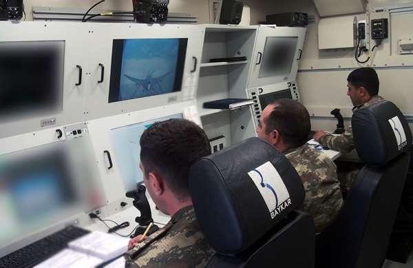 Azerbaycan ordusundan Bayraktar TB2li tatbikat