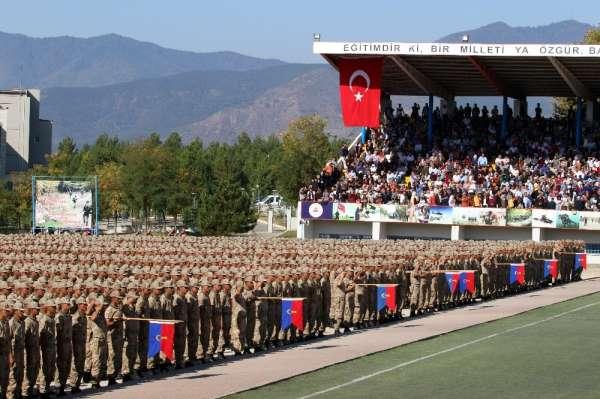 'Kanun ordusu' askerleri yemin etti
