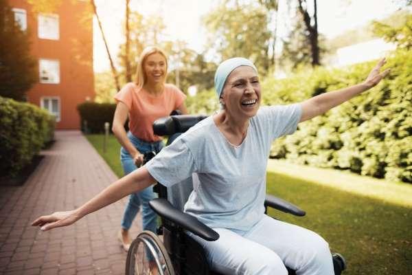 Meme kanseri vakaları artsa da ölümleri azaltmak mümkün