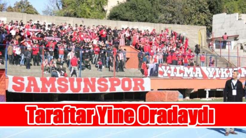 Taraftar Samsunspor Zonguldak deplasmanında da takımını yalnız bırakmadı