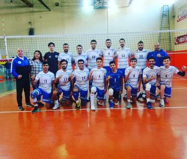 Seyhan Belediyesporlu voleybolcular lige galibiyetle başladı