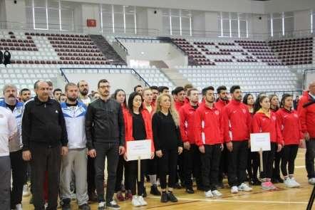 FÜ'de, Üniversiteler Spor Ligi Voleybol Grup Birinciliği müsabakaları