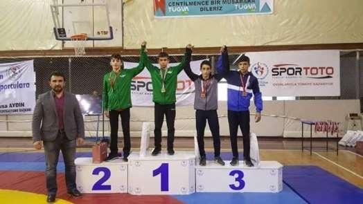 Yunusemreli güreşçi Türkiye şampiyonasına katılacak