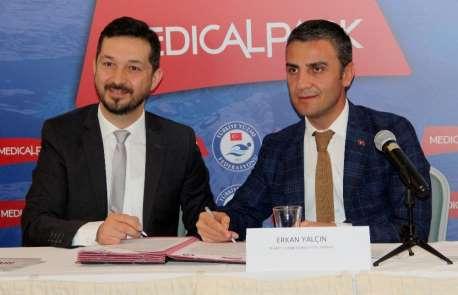Türkiye Yüzme Federasyonu'na yeni sağlık sponsoru