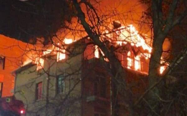Ukrayna'da Türklerin yaşadığı evde yangın