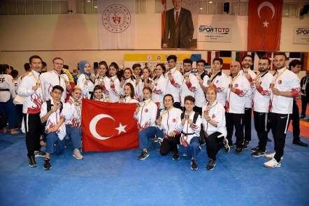 Avrupa Şampiyonası'nın ikinci gününde 15 madalya!