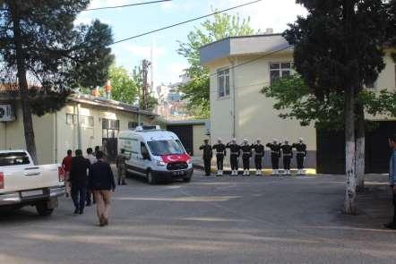 Şehit Yüzbaşı Celalettin Özdemir'in naaşı Gaziantep'e getirildi