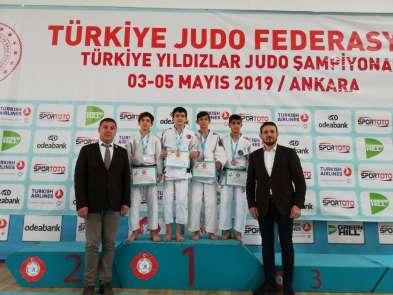 Gemlik Belediyespor judoda Türkiye şampiyonu