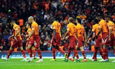 Galatasaray, derbiye liderlik motivasyonu ile çıkacak