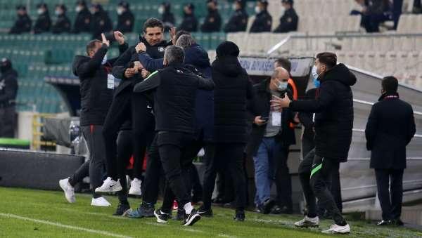 TFF 1. Lig: Bursaspor: 1 - Altay: 3