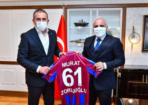 Trabzonspor Teknik Direktörü Avcıdan Başkan Zorluoğluna ziyaret