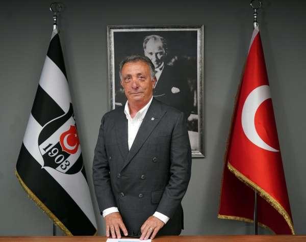 Ahmet Nur Çebi siyah-beyazlı taraftarlara seslendi