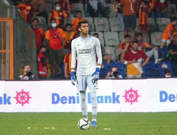 Berk Balaban ilk kez resmi maçta görev aldı