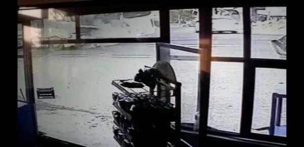 Şanlıurfa'da 16 askerin yaralandığı kaza kamerada