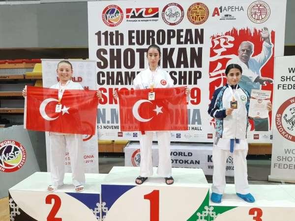 Biga Belediyesi karate sporcularının büyük başarısı