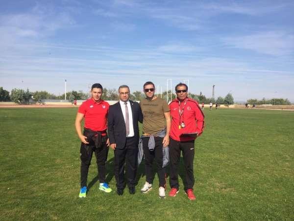 Diyarbakırda futbol hakemleri atletik testten geçti