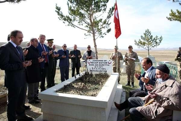 Şehit Recep Eşiyok şehadetinin yıl dönümünde mezarı başında anıldı