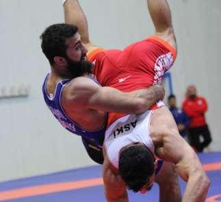 Türkiye Grekoromen Güreş Şampiyonası'nda ilk gün sona erdi