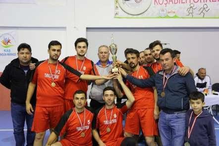Sonbahar Kupası Voleybol Turnuvası sona erdi