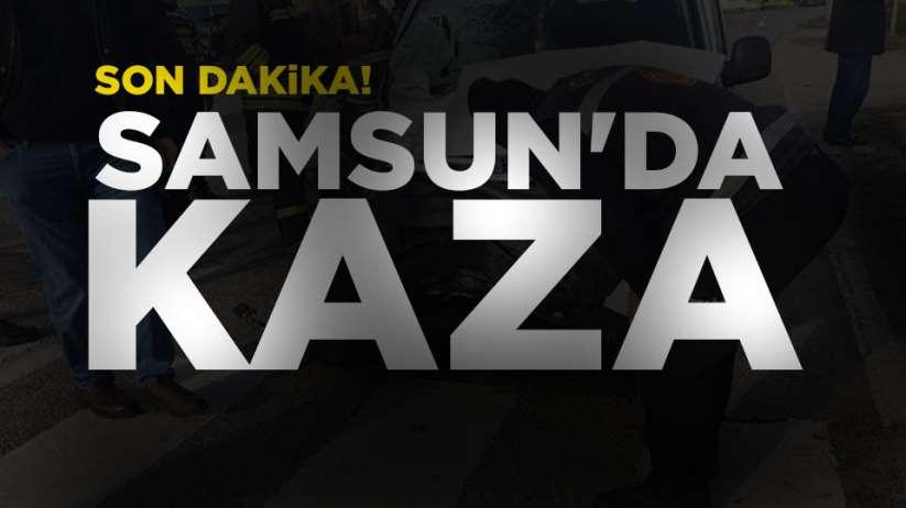 Samsun'da 2 otomobil birbirine girdi