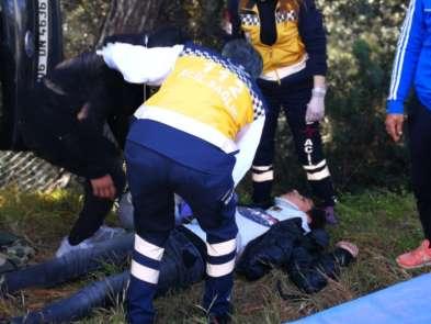 Öğrencilerin otostopla bindikleri otomobil kaza yaptı: 4 yaralı