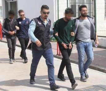 YPG'ye eleman kazandırmaya çalışan kardeşlere ev hapsi