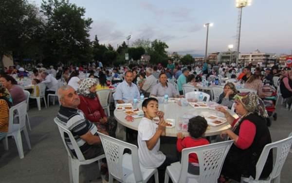 Samsun'da ilk teravih namazı saat kaçta? Sahur ve iftar saatleri (5 mayıs pazar)