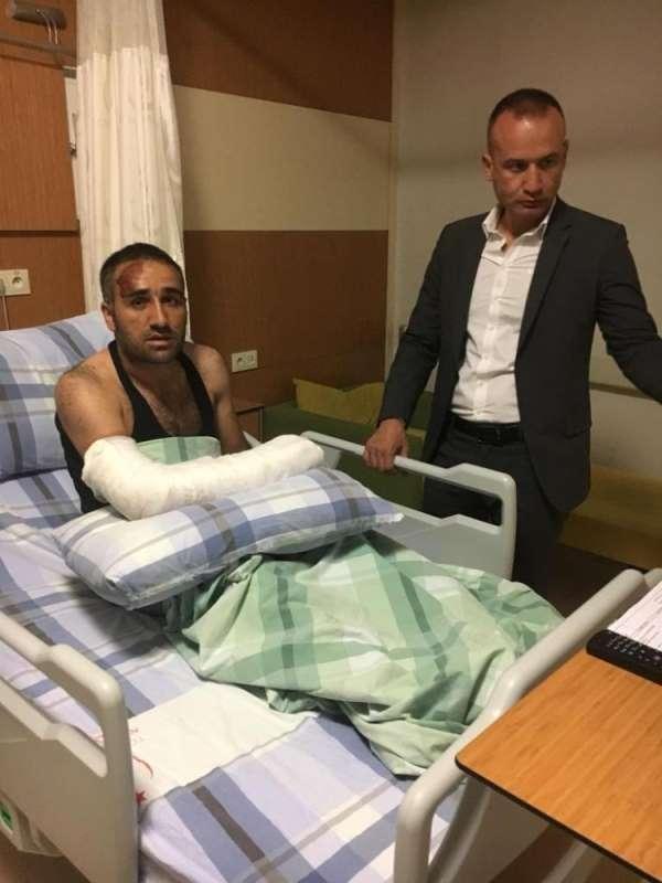 Ağrı Milli Eğitim Müdürü Tekin, kaza geçiren okul yöneticisini ziyaret etti