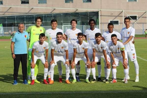 Kayserispor U19 dolu dizgin