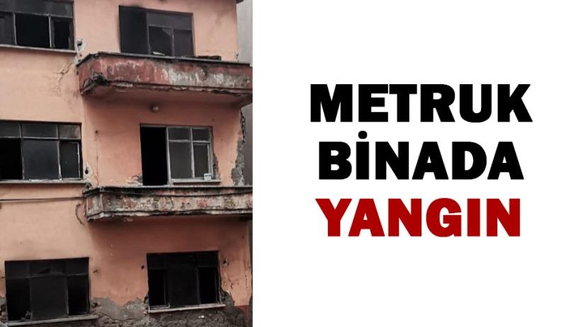 Samsunda metruk binada yangın