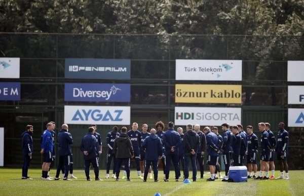 Fenerbahçede Yeni Malatyaspor maçı hazırlıkları başladı