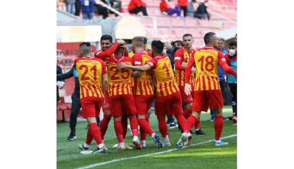 Kayserispor, 22 kişi ile Trabzonda