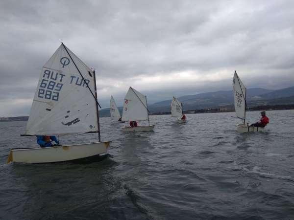 Yelken yarışmaları Erdekte yapıldı