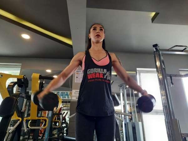 Fizyoteapisti Tek çare fitness dedi, sağlık için başladığı spor hayatı oldu