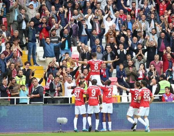 Süper Lig: DG Sivasspor: 3 - MKE Ankaragücü 1 (Maç sonucu)