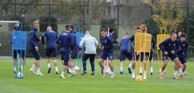 Fenerbahçe Anderlecht maçına hazırlanıyor