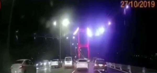 (Özel) İstanbulda dehşete düşüren makas terörleri kamerada