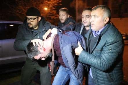 Kayseri'de polis ekiplerine yapılan silahlı saldırıda 1 kişi gözaltına alındı