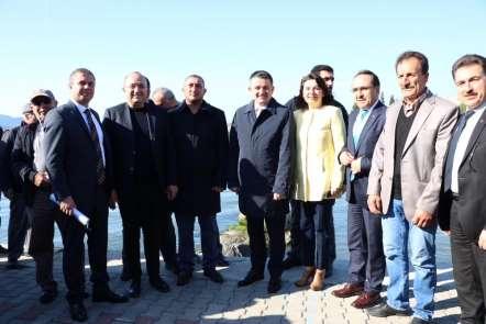 Bakan Pakdemirli: 'Terör örgütlerine siyasi tünel kazan bir CHP var'